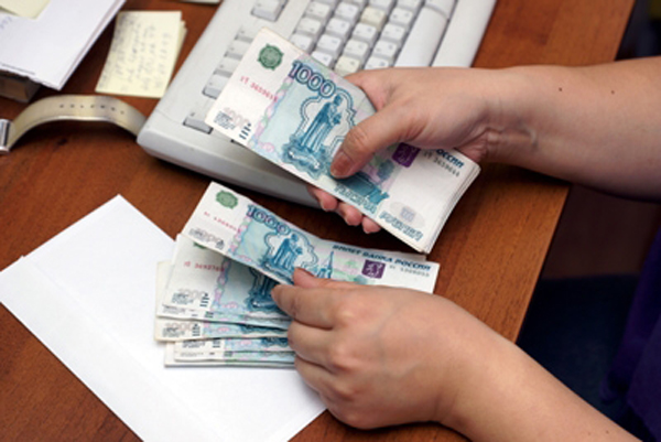 Мониторинг показал среднюю зарплату врача в Заполярье 87 тысяч