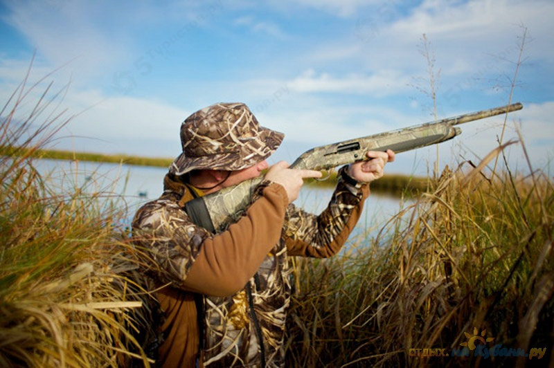 Открытка, картинка с охотником